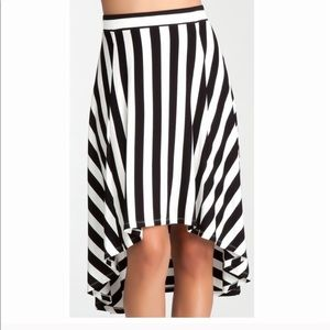 Bebe high low skirt striped XS
